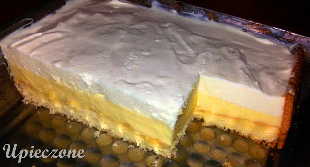Ciasto z kremem cytrynowym i delikatną cytrynową pianką
